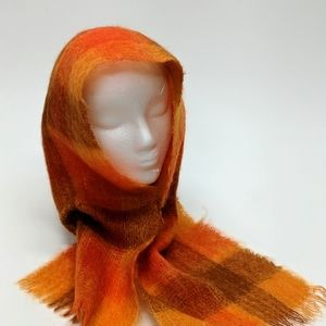 Hand-woven Wool Scarf